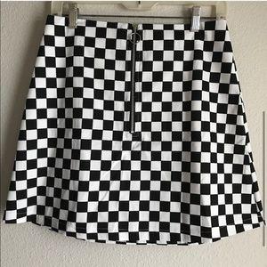 NWOT Reclaimed Vintage Zip Front Checkered Skirt